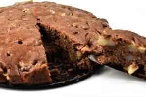 Birnen-Walnuss-Kuchen mit Karamell-Guss