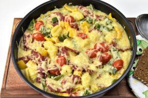 Gnocchi-Auflauf mit leckerer Salami